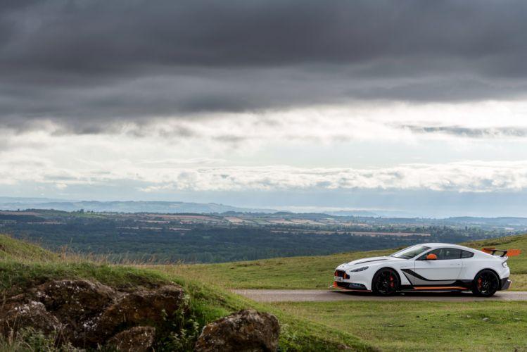 2015 Aston Martin V12 Vantage GT12 UK-spec supercar wallpaper