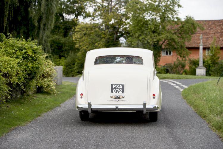 1956 Rolls Royce Silver Wraith Saloon James retro luxury wallpaper