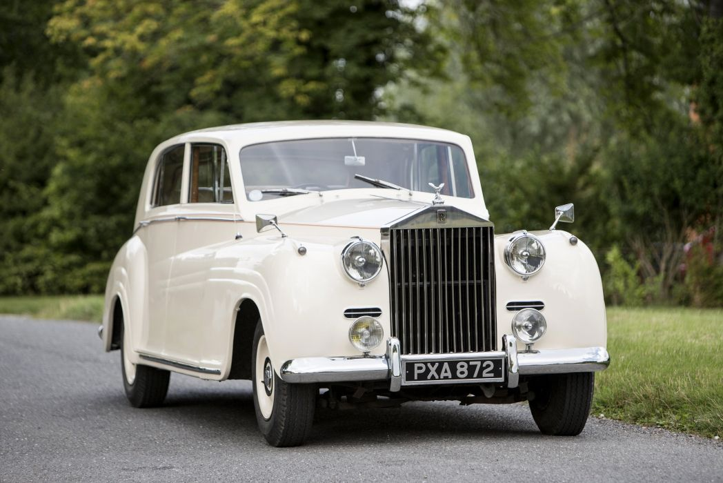 1956 Rolls Royce Silver Wraith Saloon James retro luxury wallpaper