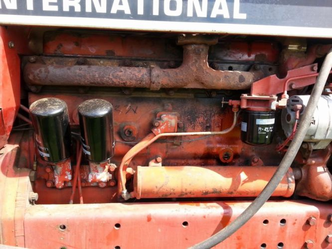 INTERNATIONAL TRACTOR farm constuction offroad wallpaper