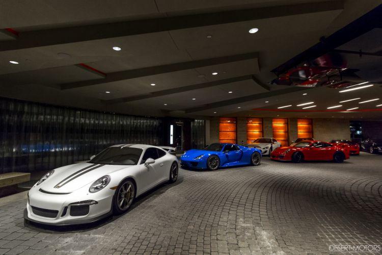 Porsche 918 Spyder supercar wallpaper
