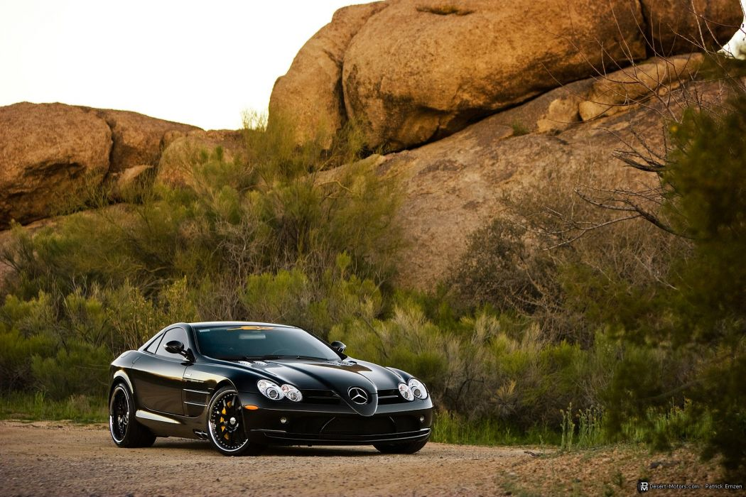 2005 Mercedes Benz SLR McLaren supercar wallpaper