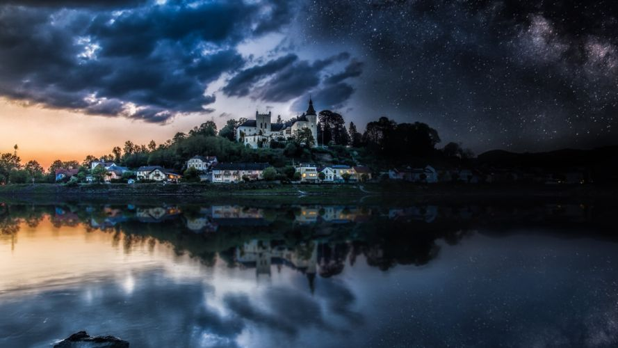 Castle and lucky stars on the night sky wallpaper