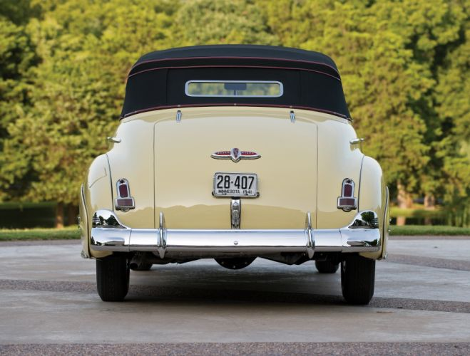 1941 Buick Special Convertible 44C retro wallpaper