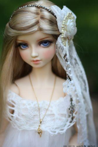 doll toys long hair girl beauty dress blue eyes blonde wallpaper