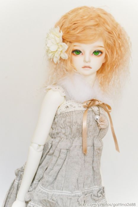 doll toys short hair girl beauty dress cute green eyes blonde wallpaper