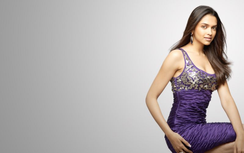 deepika padukone actress model girl beautiful brunette pretty cute beauty sexy hot pose face eyes hair lips smile figure indian wallpaper