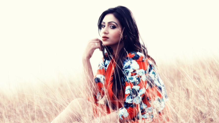 Eden actress model girl beautiful brunette pretty cute beauty sexy hot pose face eyes hair lips smile figure indian wallpaper