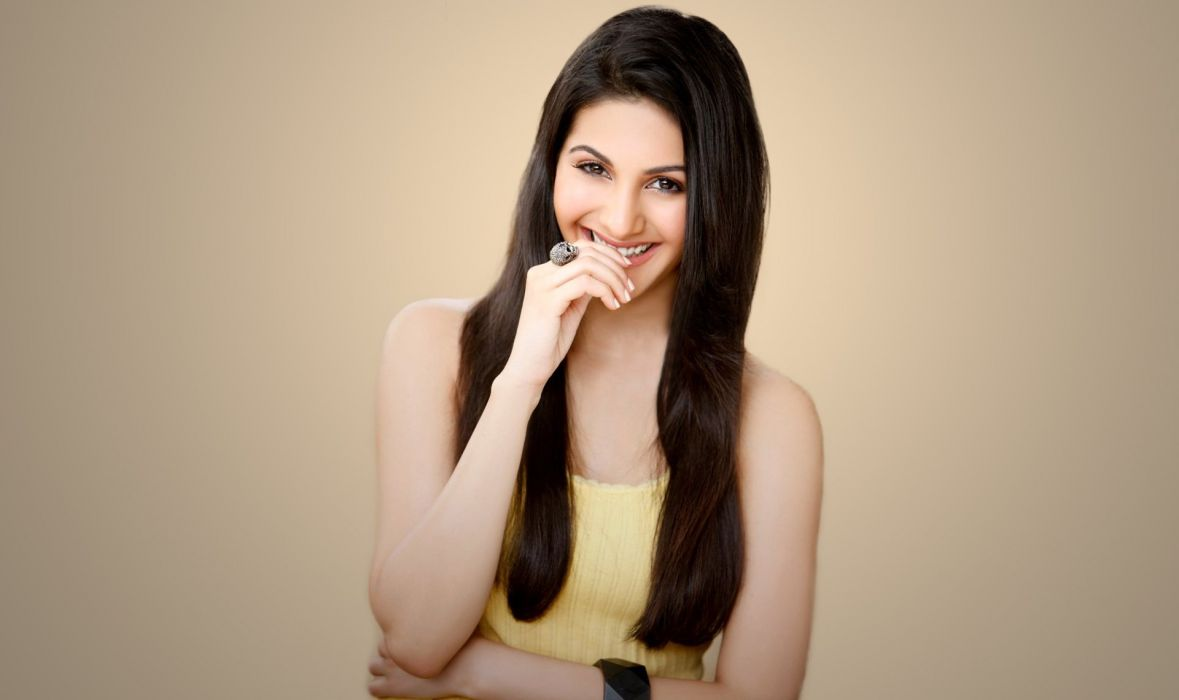 amyra dastur actress model girl beautiful brunette pretty cute beauty sexy hot pose face eyes hair lips smile figure indian  wallpaper