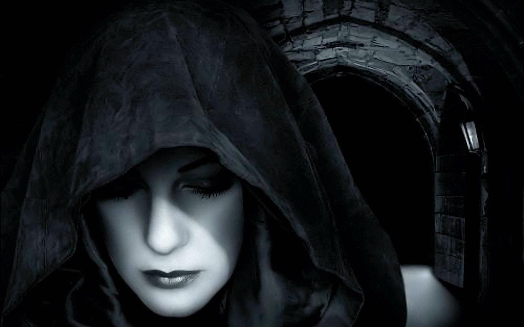 fetish gothic girl