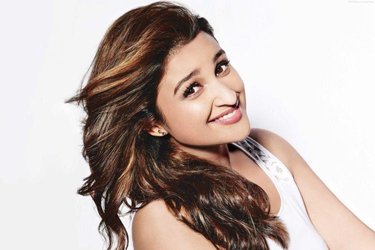 Parineeti Chopra bollywood actress model girl beautiful brunette pretty cute beauty sexy hot pose face eyes hair lips smile figure indian wallpaper