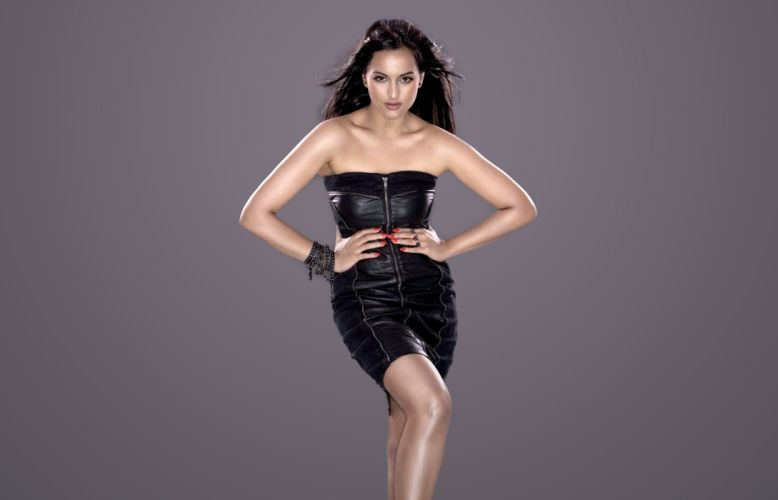 sonakshi sinha bollywood actress model girl beautiful brunette pretty cute beauty sexy hot pose face eyes hair lips smile figure indian wallpaper