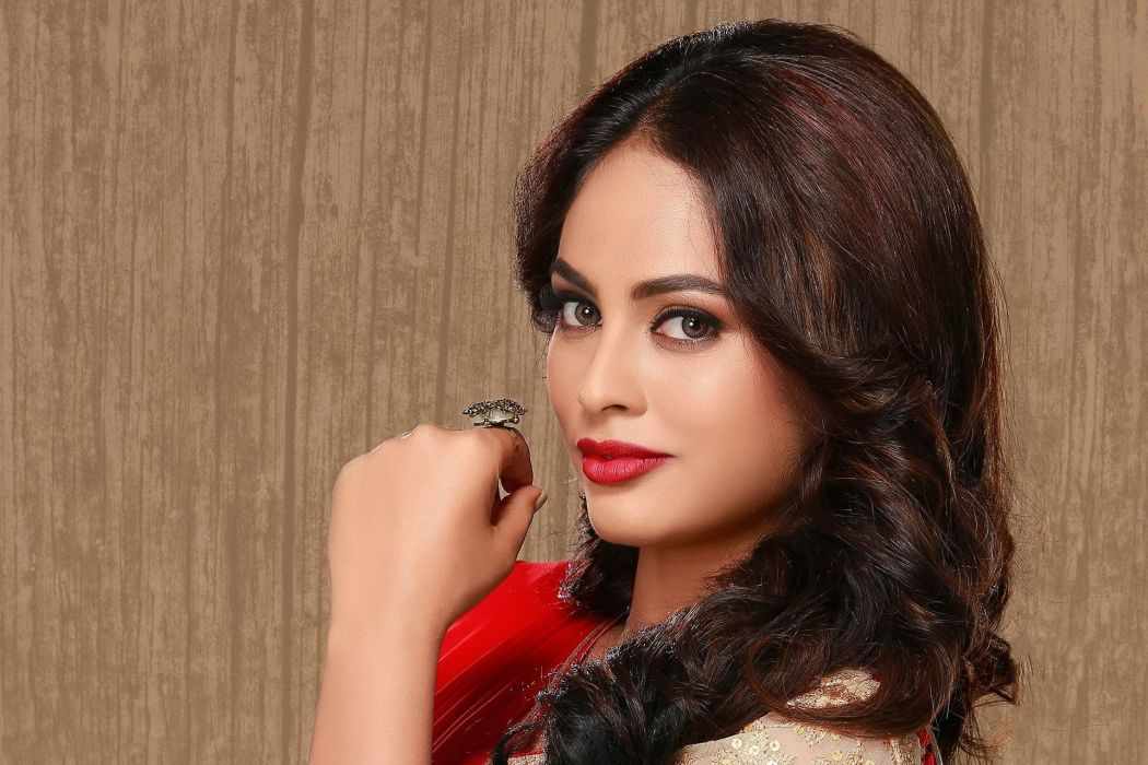 Nanditha bollywood actress model girl beautiful brunette pretty cute beauty sexy hot pose face eyes hair lips smile figure indian  wallpaper