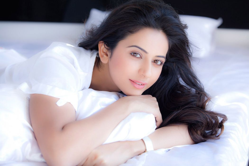 Rakul Preet Singh Bollywood Actress Model Girl Beautiful Brunette