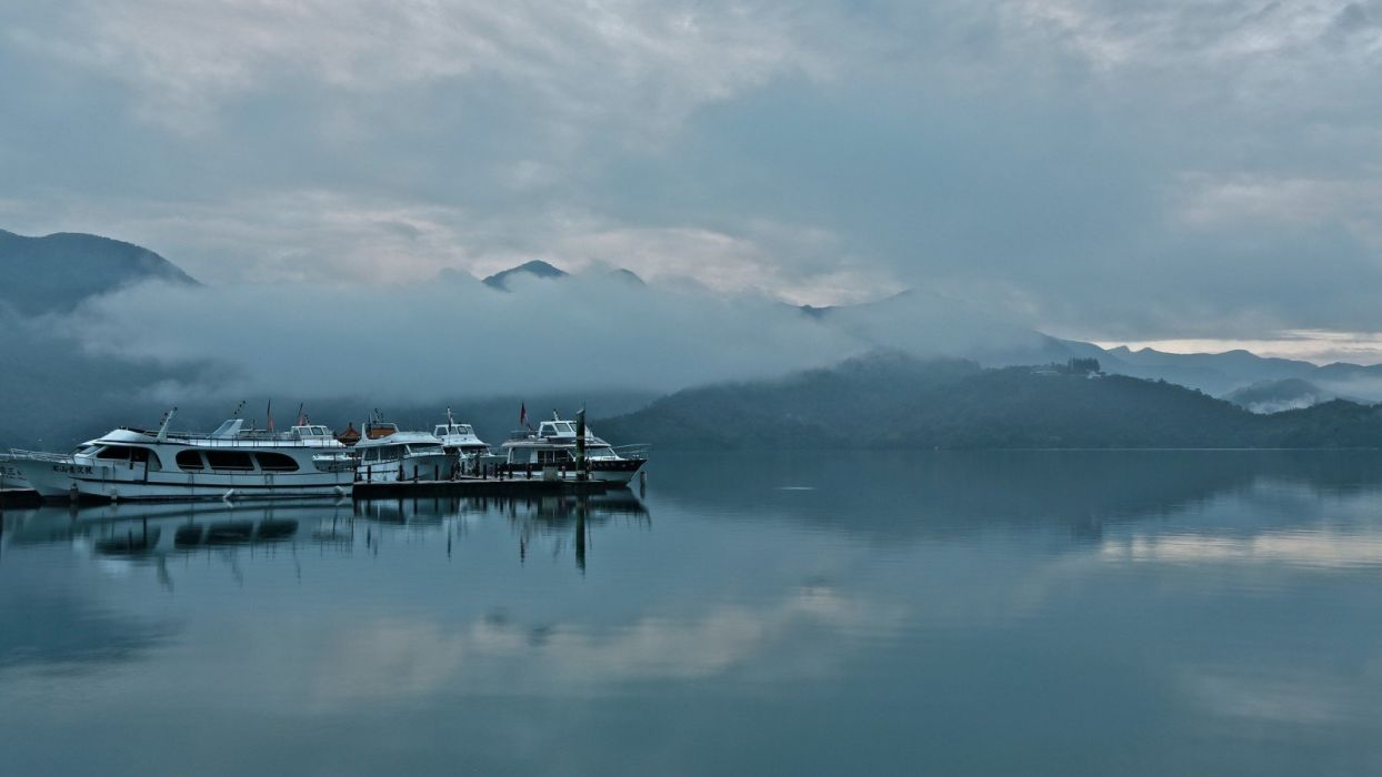 nature landscape beauty beautiful sky mountain put fog lake wallpaper