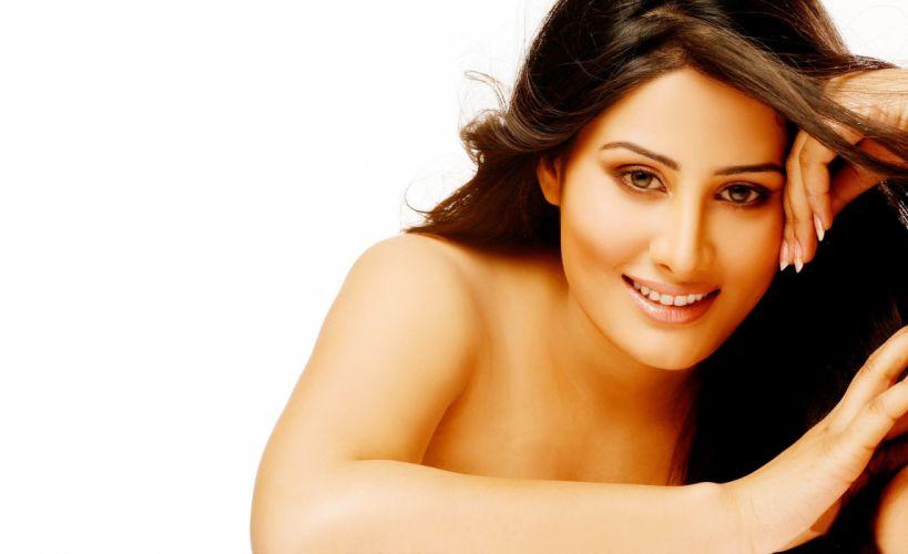 arjumman mughal bollywood actress model girl beautiful brunette pretty cute beauty sexy hot pose face eyes hair lips smile figure indian wallpaper