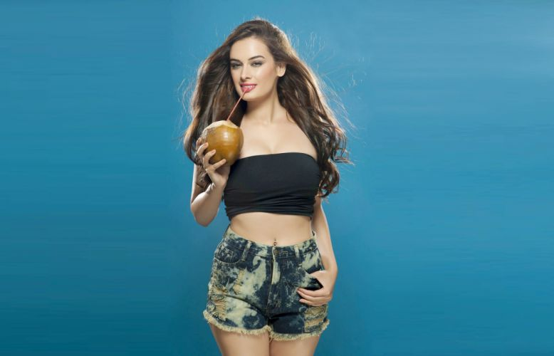 evelyn sharma bollywood actress model girl beautiful brunette pretty cute beauty sexy hot pose face eyes hair lips smile figure wallpaper
