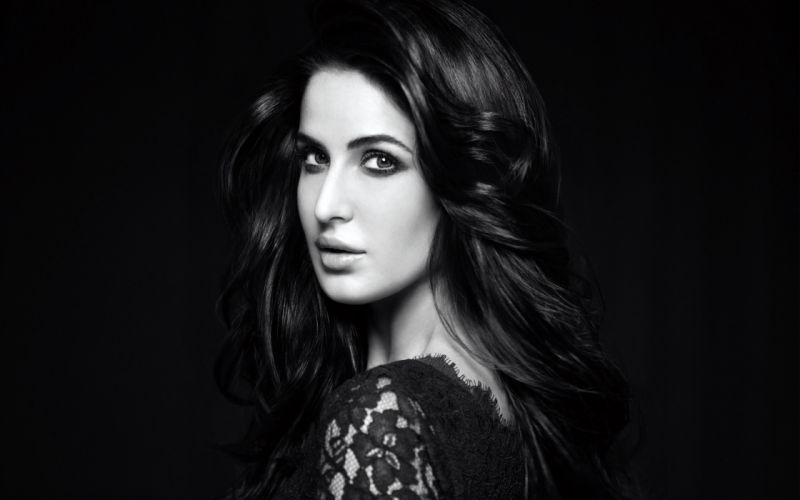 katrina kaif bollywood actress model girl beautiful brunette pretty cute beauty sexy hot pose face eyes hair lips smile figure indian wallpaper