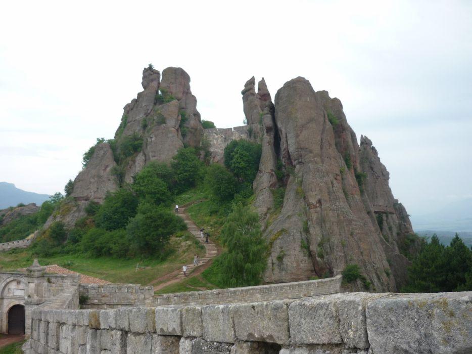 Bulgaria Ancient Fortress wallpaper