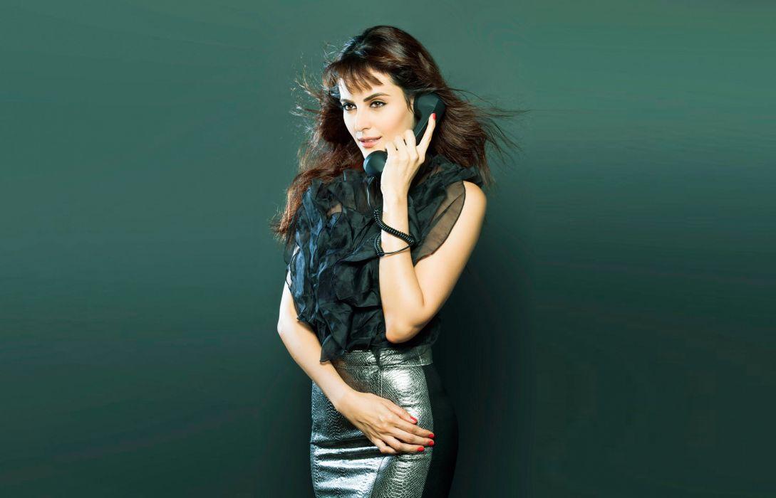Mandana Karimi bollywood actress model girl beautiful brunette pretty cute beauty sexy hot pose face eyes hair lips smile figure indian  wallpaper