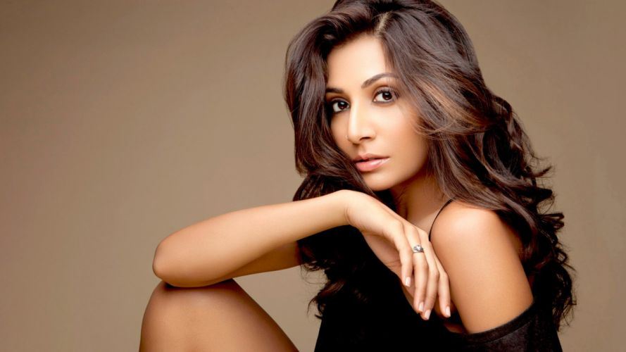 monica dogra bollywood actress model girl beautiful brunette pretty cute beauty sexy hot pose face eyes hair lips smile figure indian wallpaper