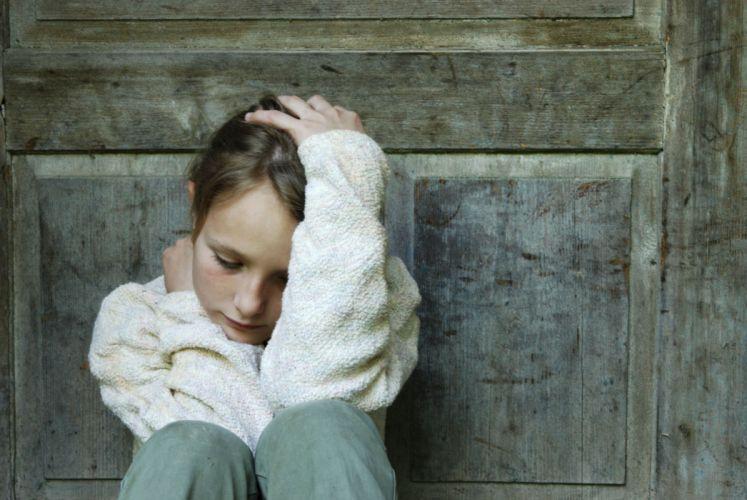 depression sad mood sorrow dark people wallpaper