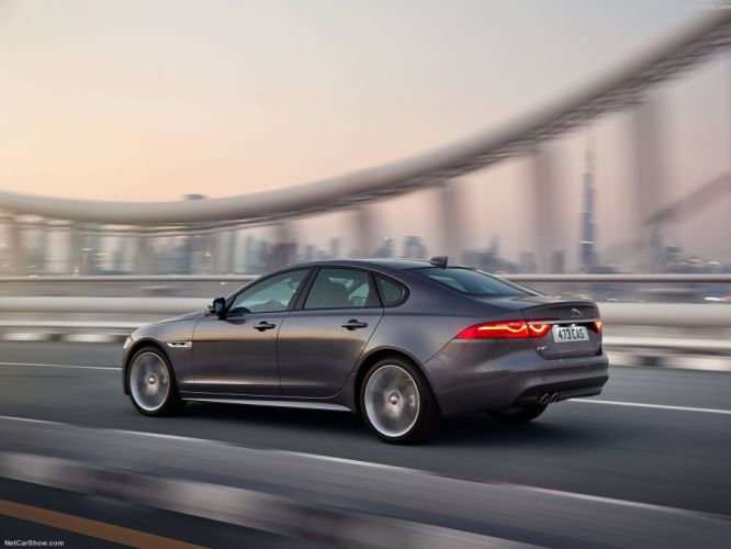 Jaguar-XF cars sedan 30d 2016 wallpaper