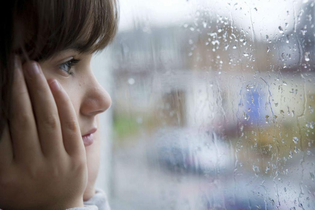 depression sad mood sorrow dark people love window rain drops wallpaper