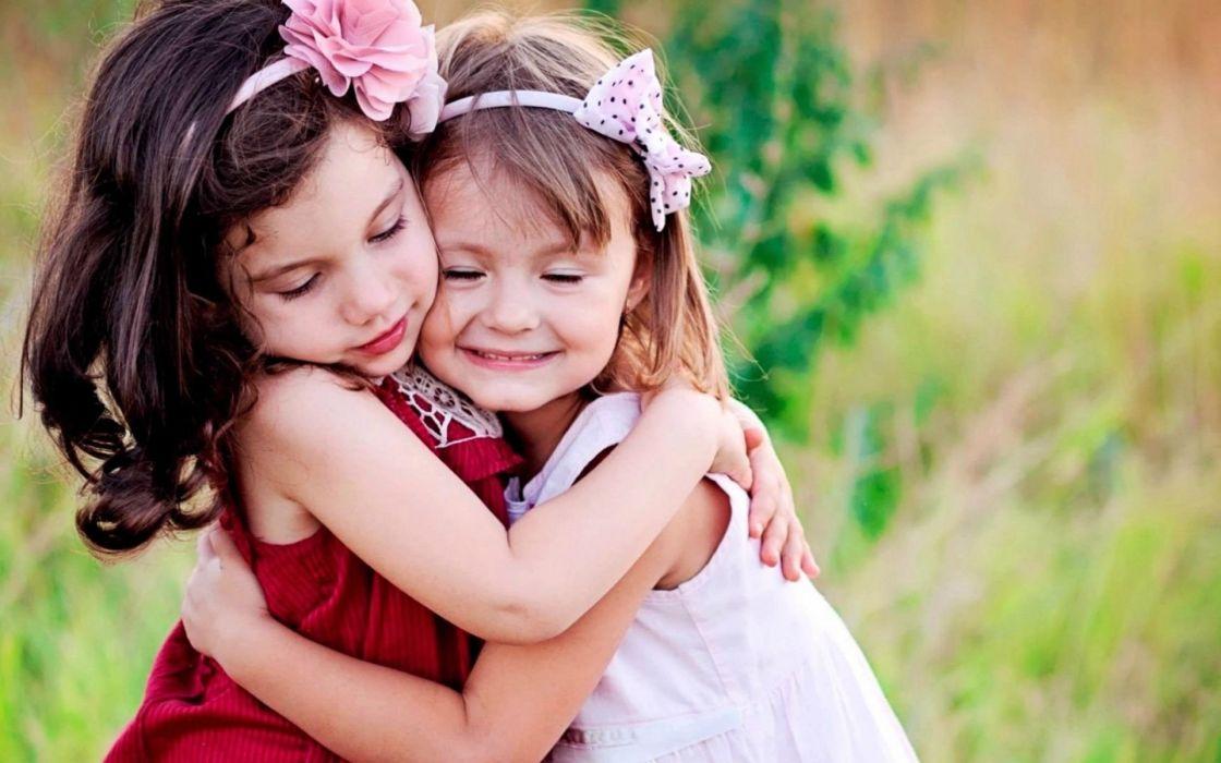 hug hugging couple love mood people men women happy baby girl wallpaper