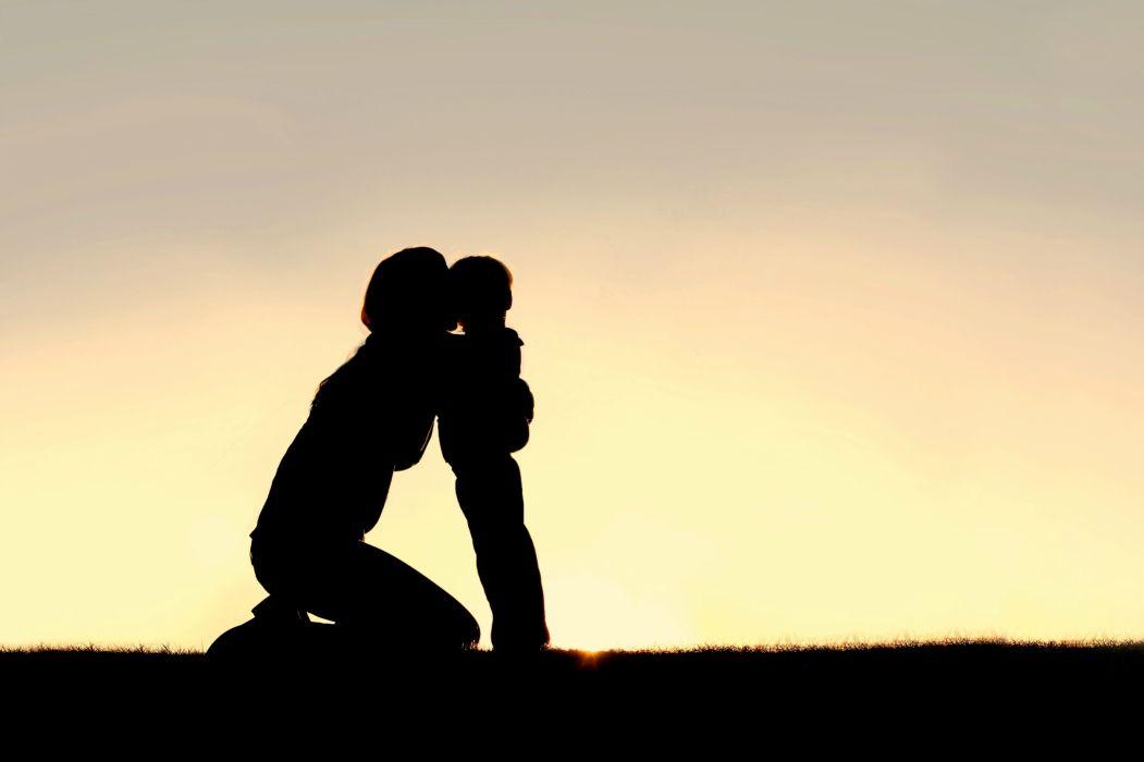 hug hugging couple love mood people men women happy mother baby family wallpaper