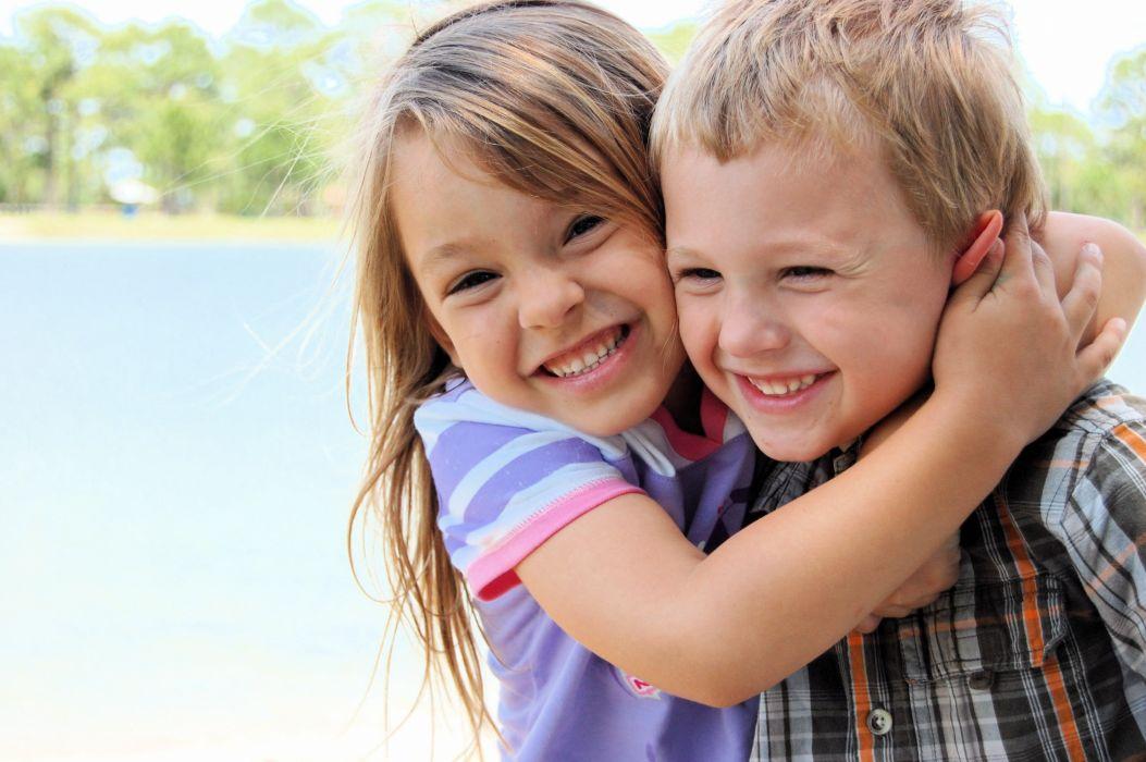 hug hugging couple love mood people men women happy b wallpaper