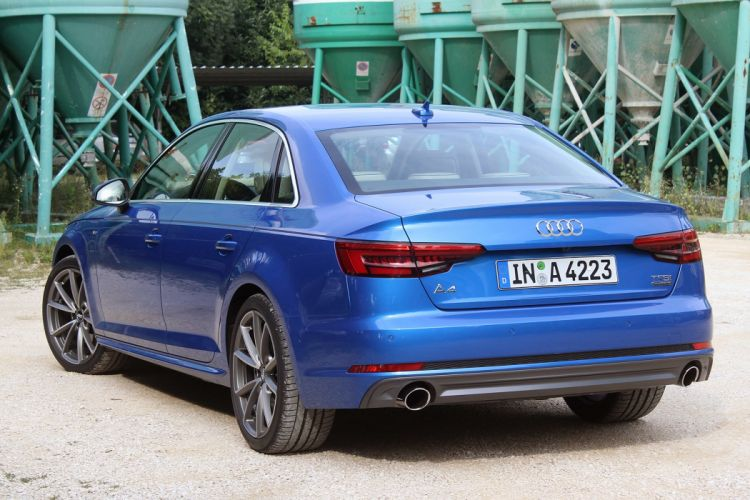 Audi-A4 cars sedan 2016 blue wallpaper