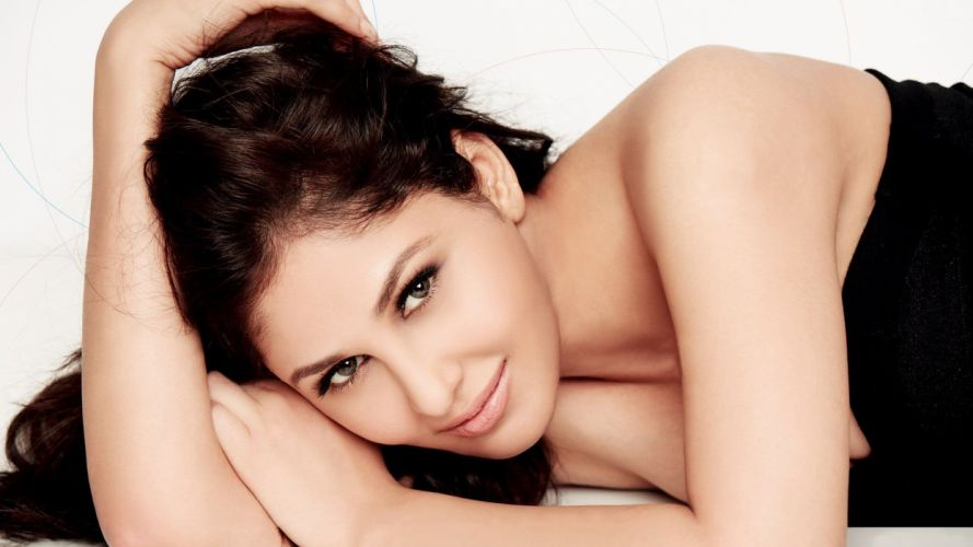 pooja chopra bollywood actress model girl beautiful brunette pretty cute beauty sexy hot pose face eyes hair lips smile figure indian wallpaper