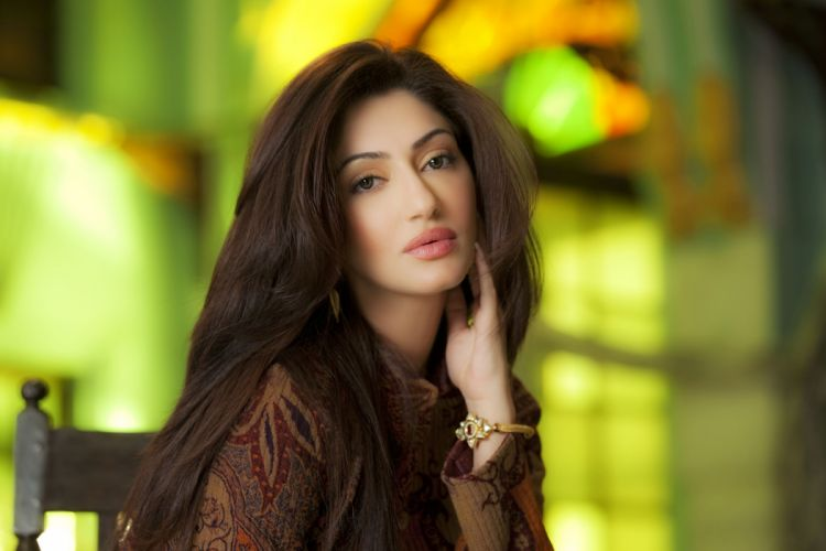 REYHNA MALHOTRA bollywood actress model girl beautiful brunette pretty cute beauty sexy hot pose face eyes hair lips smile figure indian wallpaper
