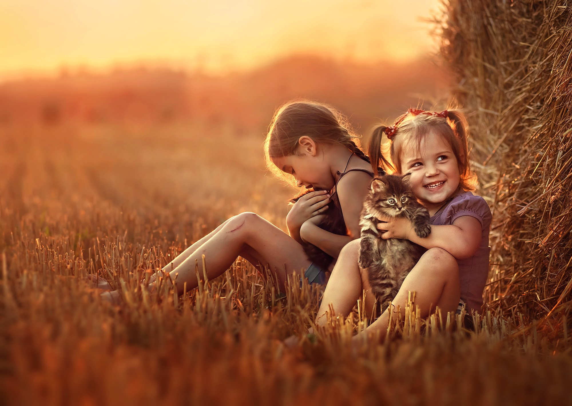 Фото две девочки с красивыми 7 фотография