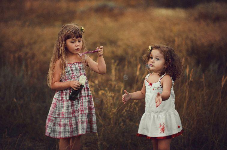 children little sister girlfriends playing bubbles girls girl baby wallpaper