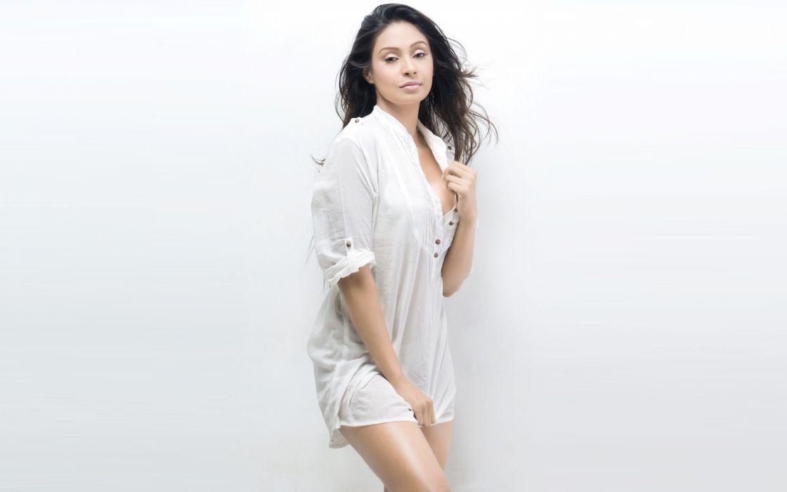 Simran Khan bollywood actress model girl beautiful brunette pretty cute beauty sexy hot pose face eyes hair lips smile figure indian  wallpaper