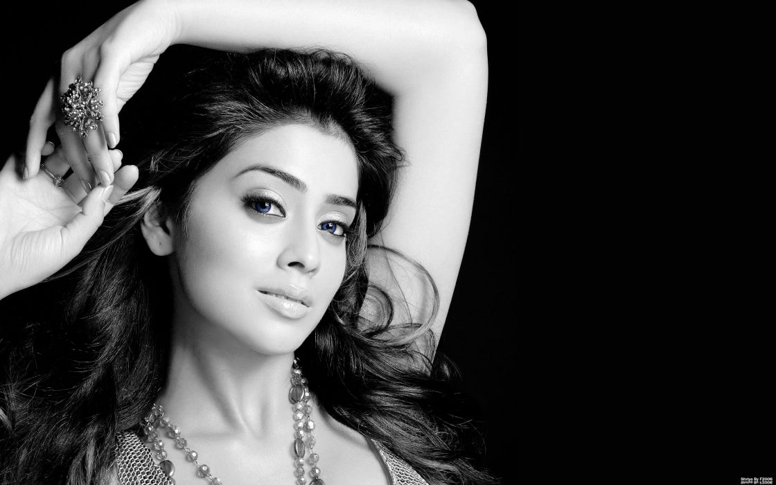 Shreya Saran bollywood actress model girl beautiful brunette pretty cute beauty sexy hot pose face eyes hair lips smile figure indian  wallpaper
