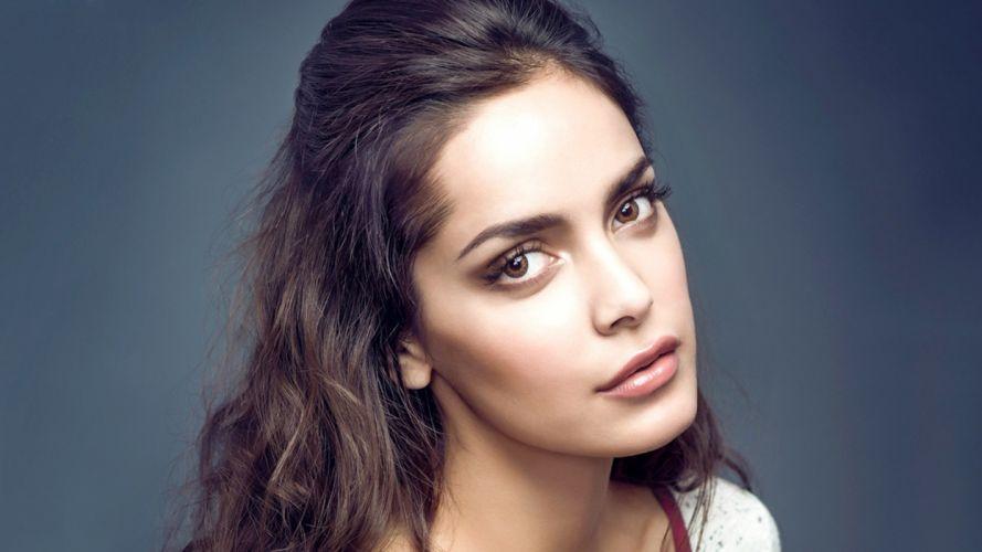 Shazahn Padamsee bollywood actress model girl beautiful brunette pretty cute beauty sexy hot pose face eyes hair lips smile figure indian wallpaper