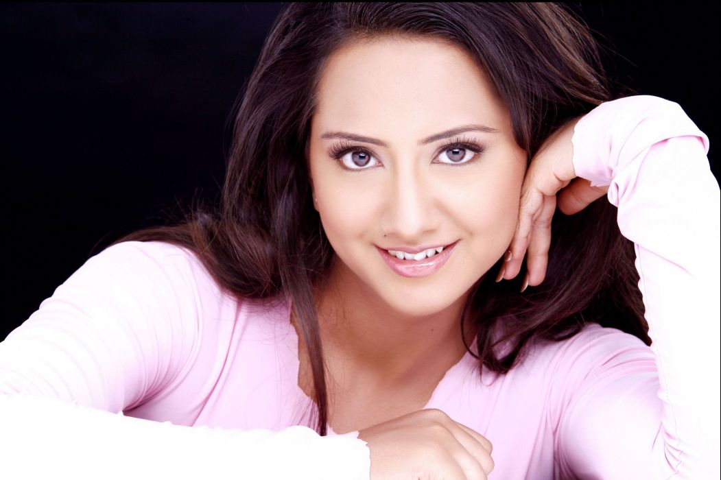 vaishali shroff bollywood actress model girl beautiful brunette pretty cute beauty sexy hot pose face eyes hair lips smile figure indian  wallpaper