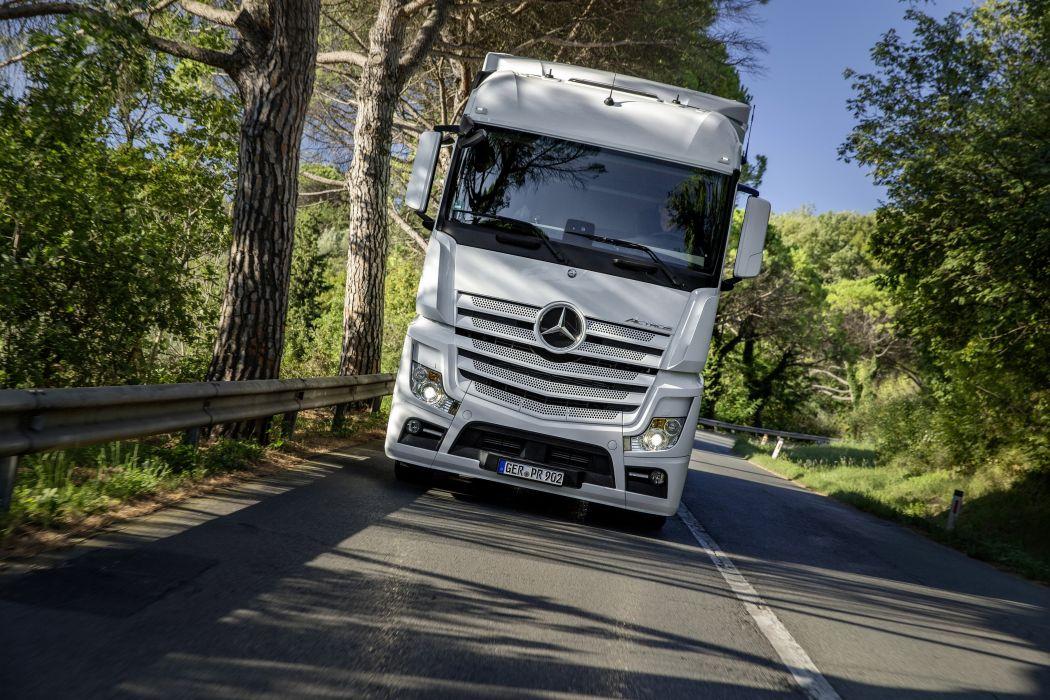 2012 Mercedes Benz Actros 1853 MP4 semi tractor transport wallpaper