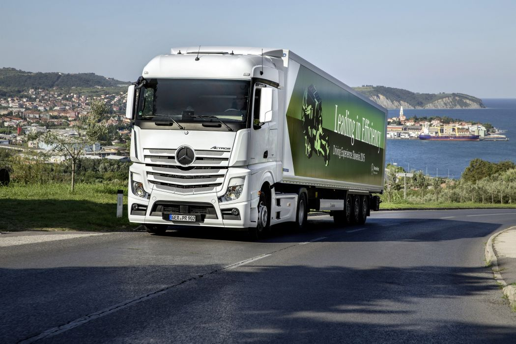 2012 Mercedes Benz Actros 1853 MP4 semi tractor transport wallpaper