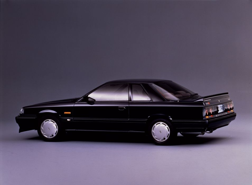 1987-89 Nissan Skyline GTS-R wallpaper