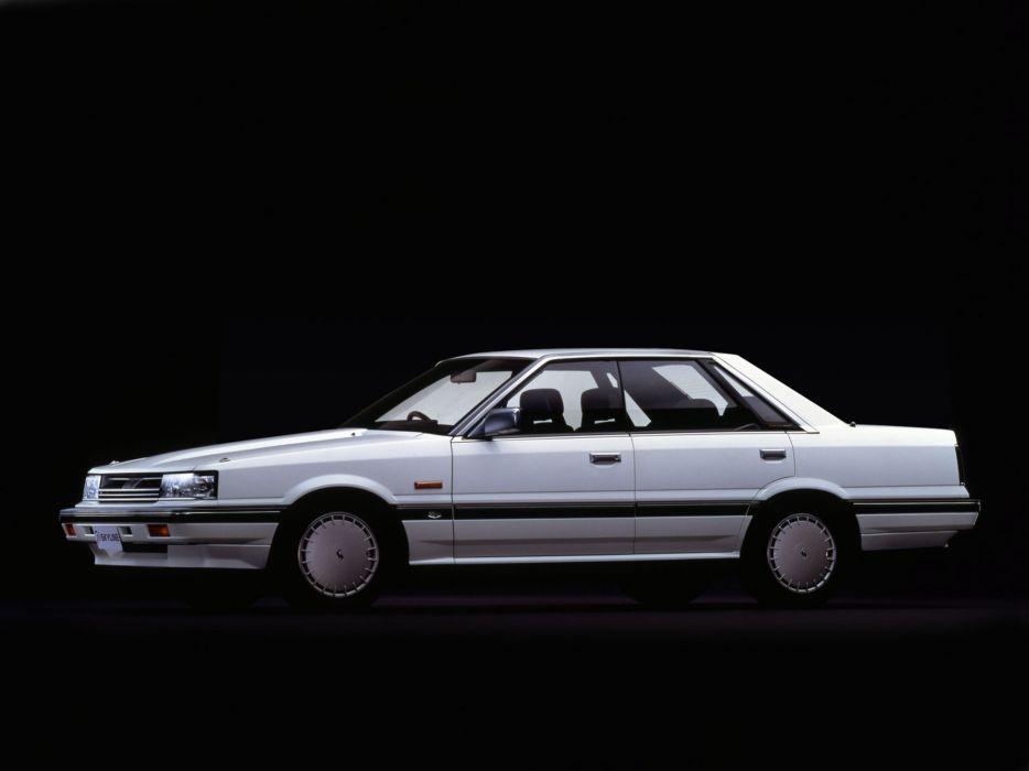 1985-87 Nissan Skyline G-T 4-door Hardtop HR31 wallpaper