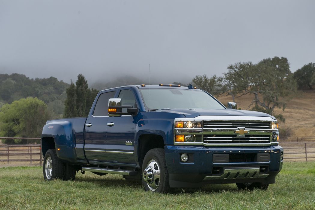 2016 Chevrolet Silverado 3500 HD High Country Crew Cab pickup wallpaper
