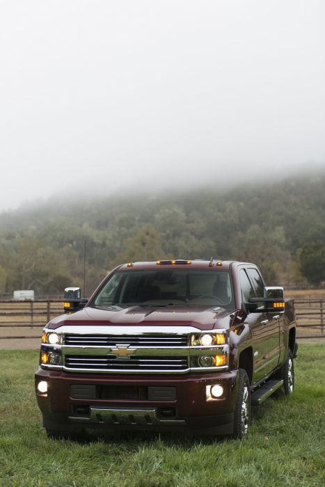 2016 Chevrolet Silverado 2500 H-D High Country Crew Cab pickup wallpaper