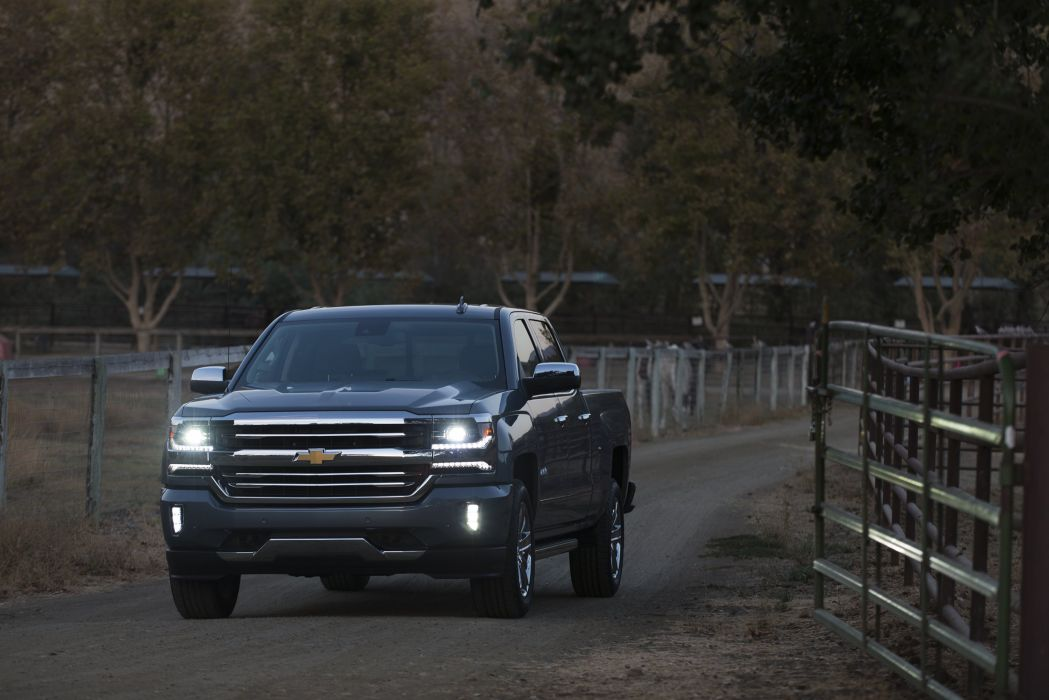 2016 Chevrolet Silverado High Country Crew Cab pickup wallpaper