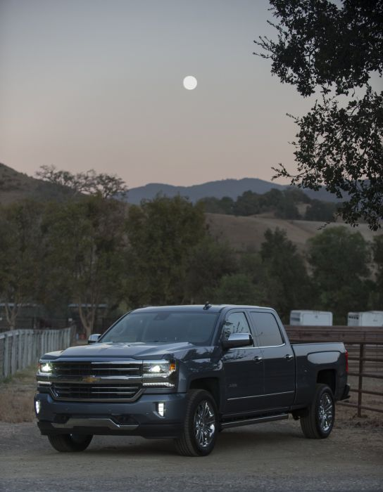 2016 Chevrolet Silverado High Country Crew Cab pickup wallpaper
