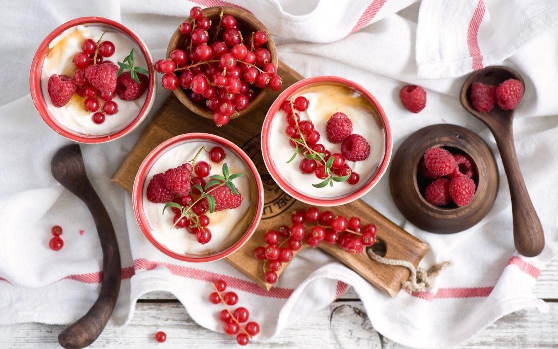 Raspberry paradise wallpaper