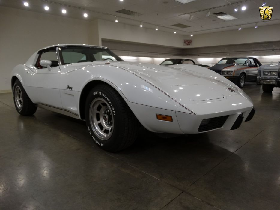 1975 Chevrolet Corvette coupe white cars wallpaper